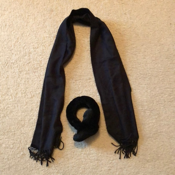 Accessories - 🌻 Faux fur ear muffs and scarf. No tag brand unk